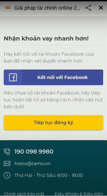Khách hàng tiếp tục điền các thông tin địa chỉ cá nhân vào mẫu đơn trên ứng dụng.